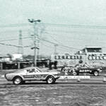 Funny car showdown: Jerry Harvey against Wayne Gapp